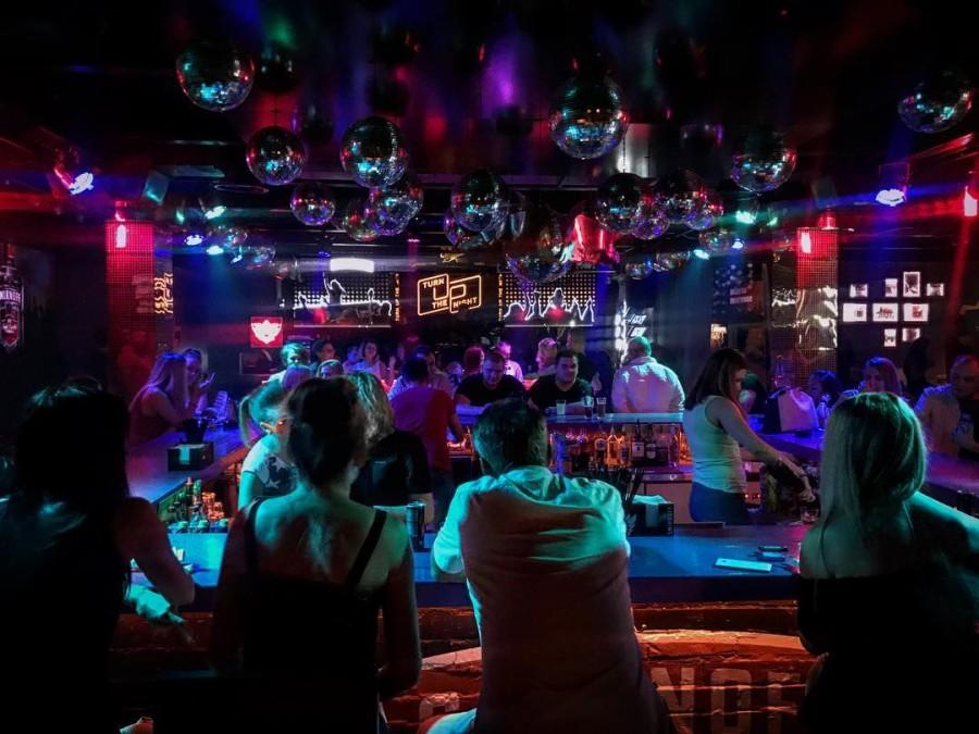 Барвиха ночные клубы работа караоке клуб москва